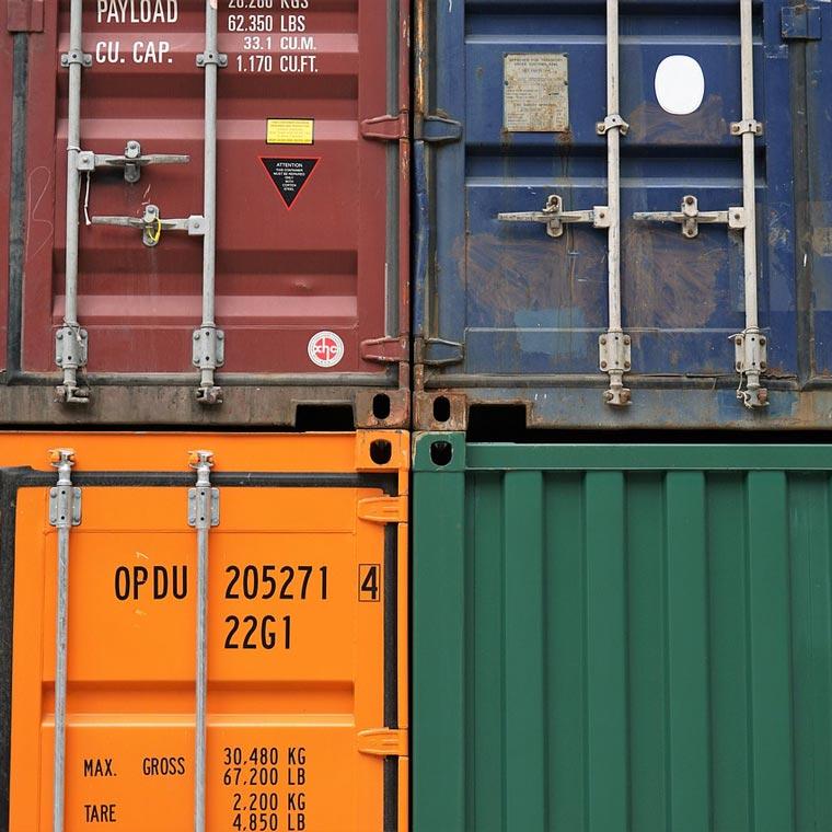 Containerdienst von der Nemmer Transport GmbH in Miltach